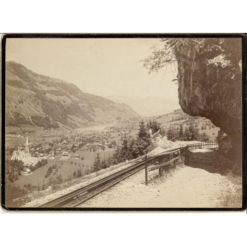 Foto-Atelier Karl August Koch, Schaffhausen: Ansicht von Lungern. Original-Fotografie (ca. 1890).