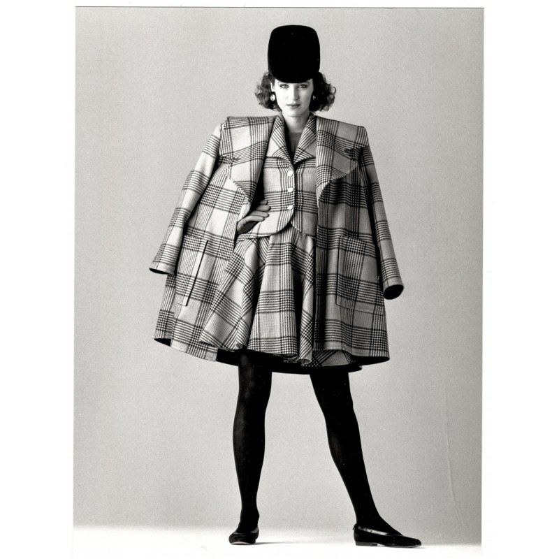 Mode-Fotografie - GAFFNEY, Joe: Manteau court de lainage. Original-Fotografie (1987)