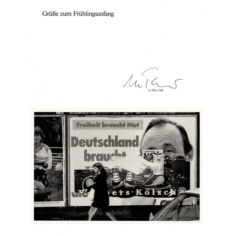 TÄUBNER, Wilfried: Aus der Bildserie WÄNDE. Bundestagswahl März 1983. Original-Fotografie (1988).