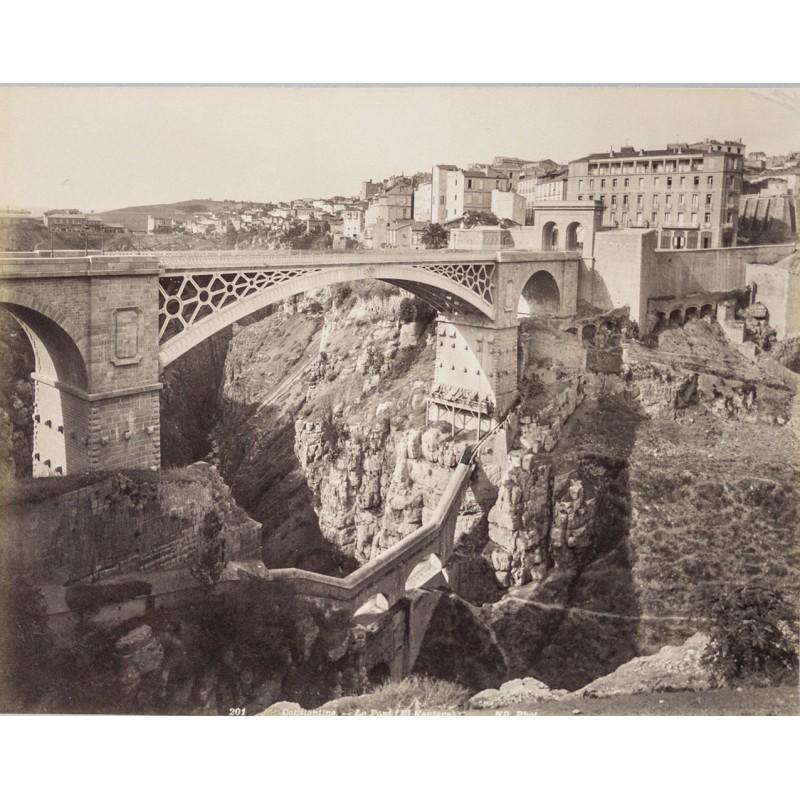 Algerien - Die Brücke von Constantine / Algerien. Original-Fotografie (ca. 1880)