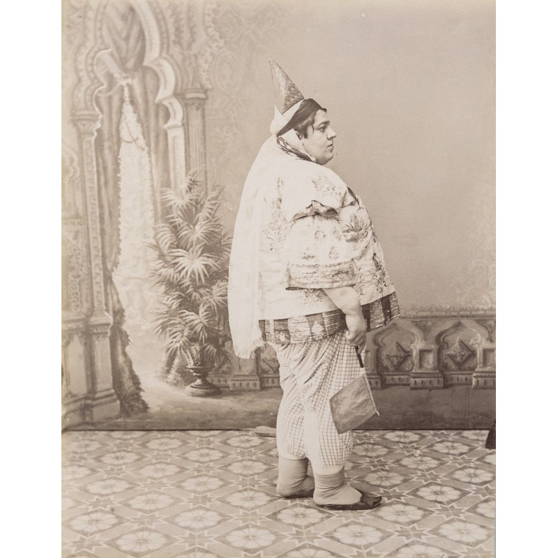 Northern Africa - Jewish woman. Original photography. Albumen print (approx. 1885)
