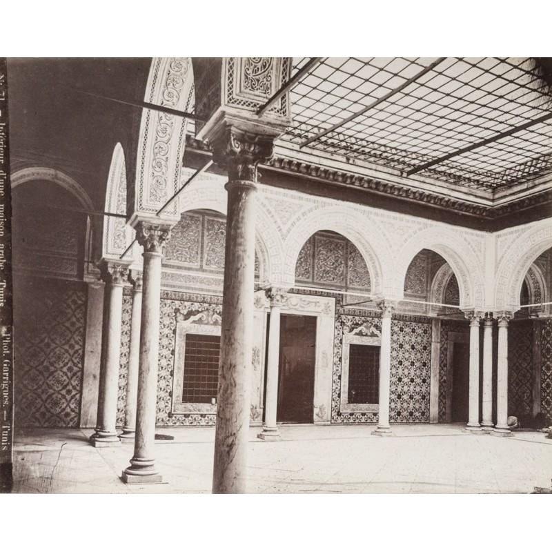 Tunesien - Interieur d\'une maison arabe, Tunis. Original ...