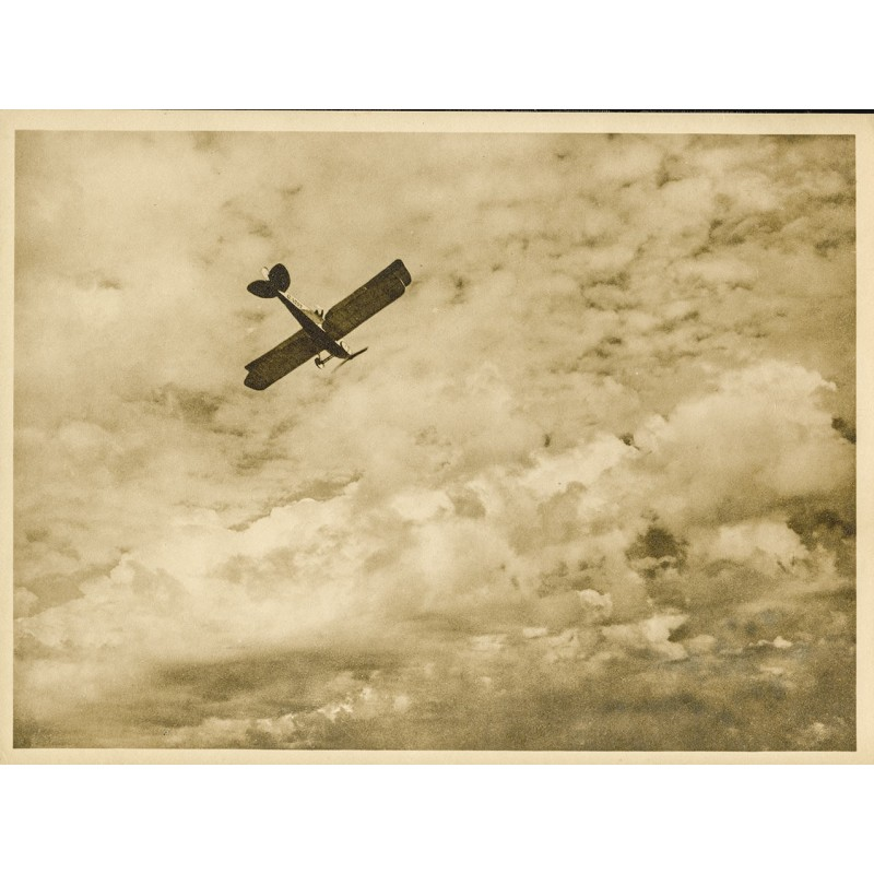 Aviation and photo art: Anonym: Canadian biplane in the ascent (ca. 1920). Original photography.