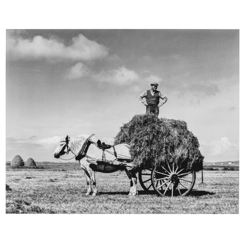 STRAND, Paul: Harvest, South Uist, Hebrides, 1954. Original Fotografie (1980er Jahre)