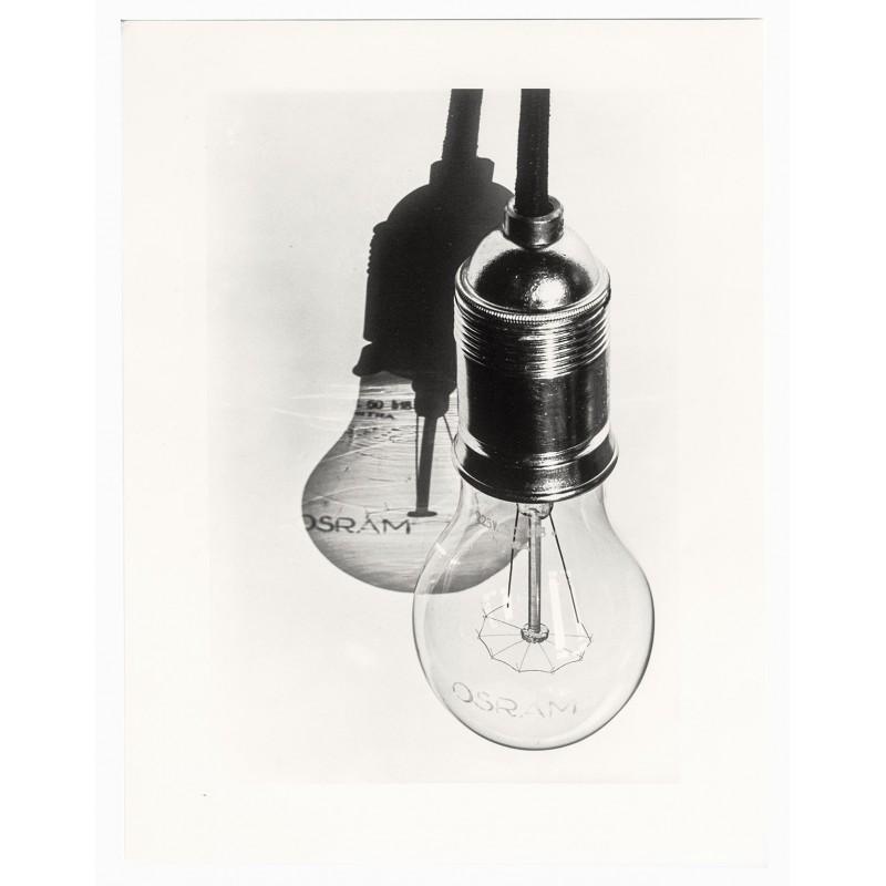 Hans FINSLER: Electric (Osram) bulb.Original photography (1928 - print 2003)