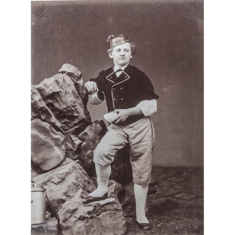 Anonymer Fotograf: Typen aus der Schweiz des 19. Jahrhundert: Sennerbub. Original-Fotografie