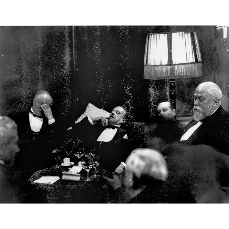 Dr. Erich SALOMON: Night conference, Den Haag 1930.Original photography (1930 - print 2001)