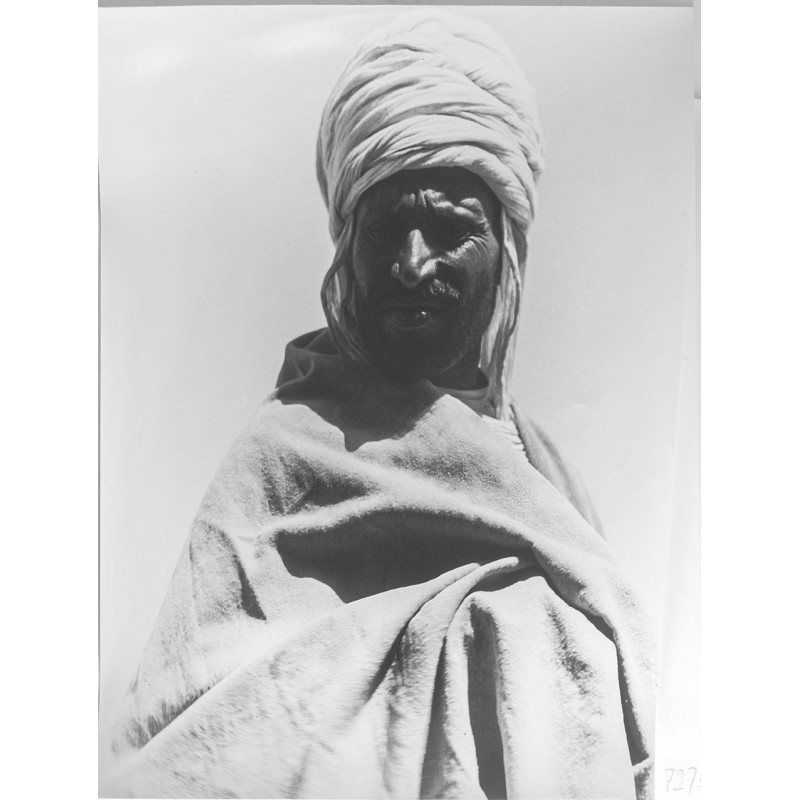 Carl STRUEWE: Bedouin. Original photography (1920th printed 1950th)
