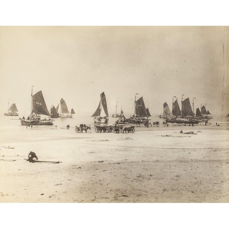 Scheveningen: Fish trawler at Northsea beach.Original photography (approx. 1898)