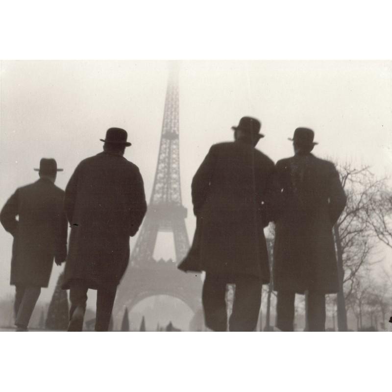 Else THALEMANN: Reiseimpressionen (Eiffelturm). Original-Foto (1920er - Abzug 1950er Jahre)