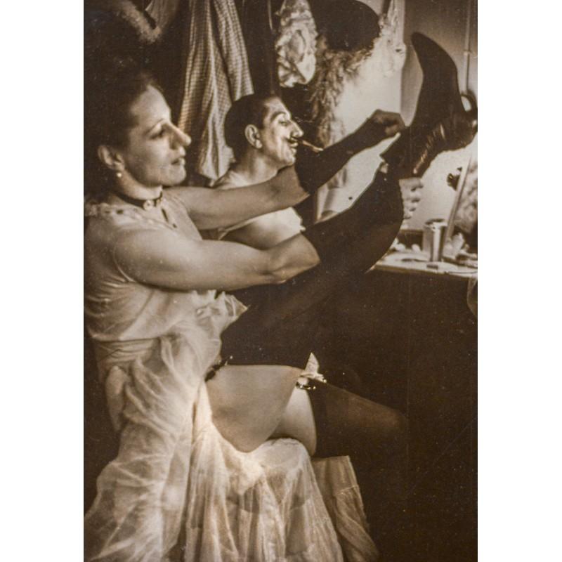 Joseph Schorer: Variete. Before the performance.Original photography (1930th - printed 1950th)