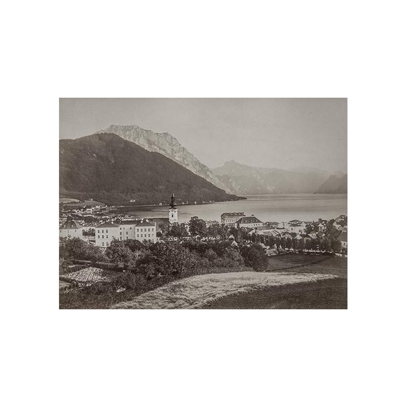 Salzkammergut - Würthle und Spinnhirn: Gmunden vom Calvarienberg. Original Fotografie (ca. 1885)