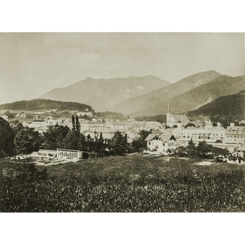 Salzkammergut - Würthle und Spinnhirn: Ansicht von Ischl von der Villa Sickingen aus. Original Foto (ca. 1885)