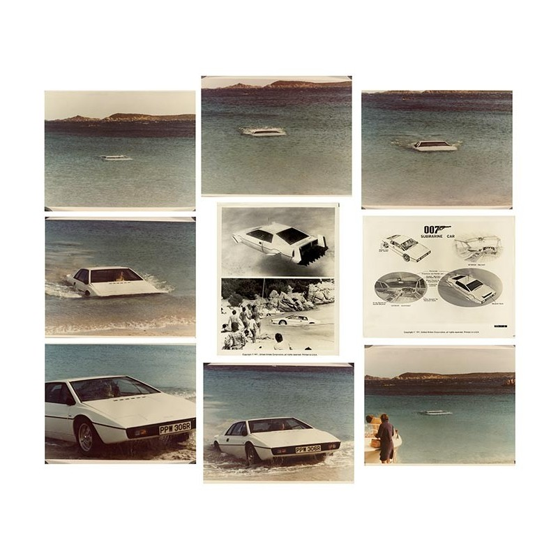 James Bond Submarine Car. 10 Original Fotografien (1977)