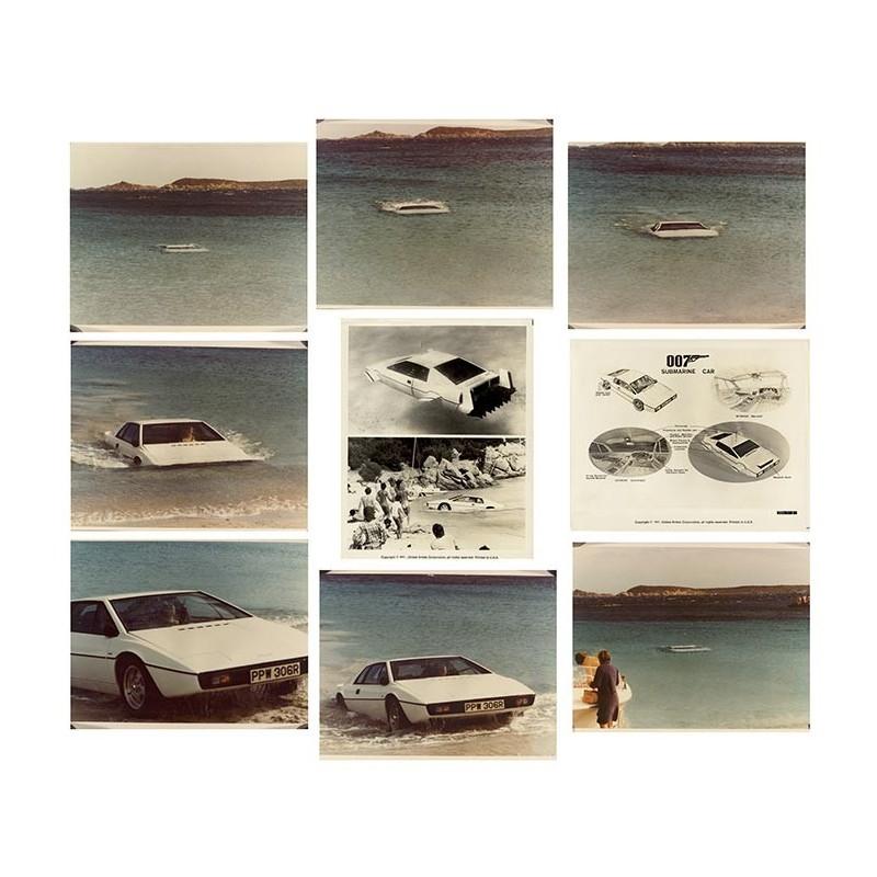 James Bond Submarine Car. 10 Original Fotografien (1977)