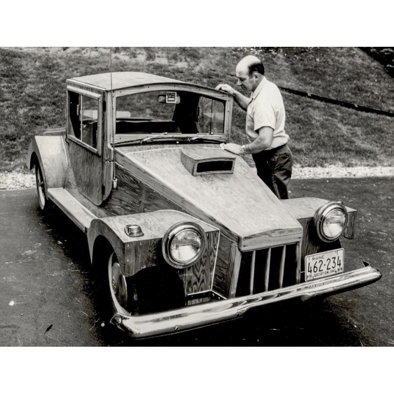 Anonymous: Rebuild Volkswagen Beetle at Topsham, Maine. Original photography.